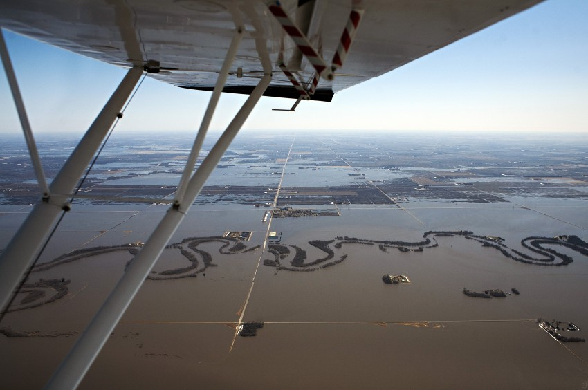 Photograph of Red River Valley flooding 2011